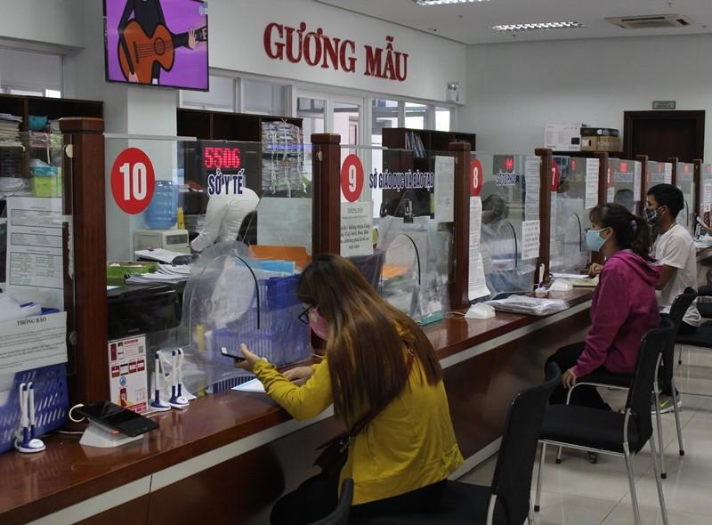 Đà Nẵng thực hiện nghiêm giãn cách tại Trung tâm Hành chính - ảnh 2