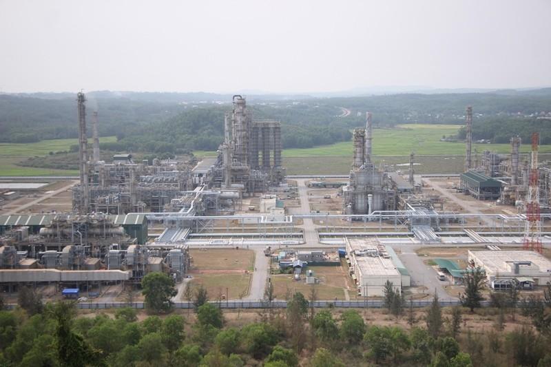 Lọc dầu Dung Quất tăng công suất, không thiếu xăng dầu - ảnh 1