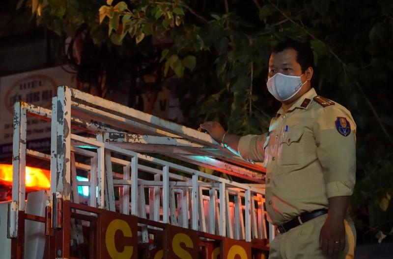 Cảnh phong tỏa không người dân Đà Nẵng nào từng mong muốn - ảnh 5