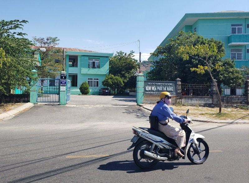 Bệnh viện Phổi Đà Nẵng: 'Chúng tôi sẽ cố gắng hết sức mình' - ảnh 1