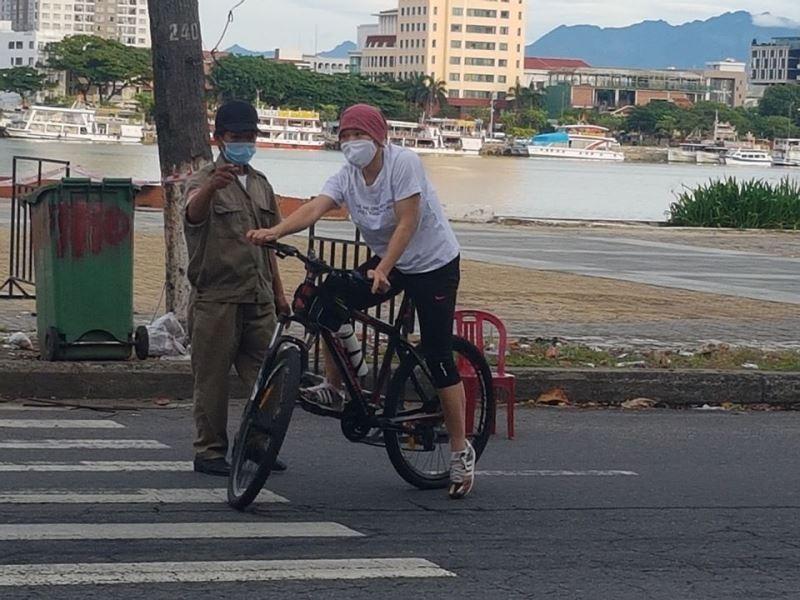 Đà Nẵng: Quân đội phun khử khuẩn toàn quận Sơn Trà chiều 3-8 - ảnh 5