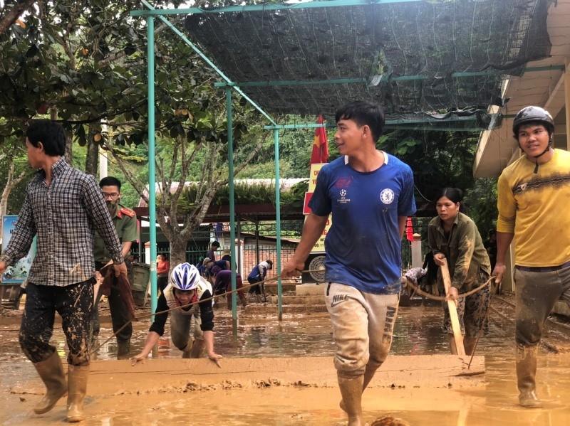 Huyện miền núi ở Quảng Nam thiệt hại nặng nề vì bão số 5 - ảnh 1