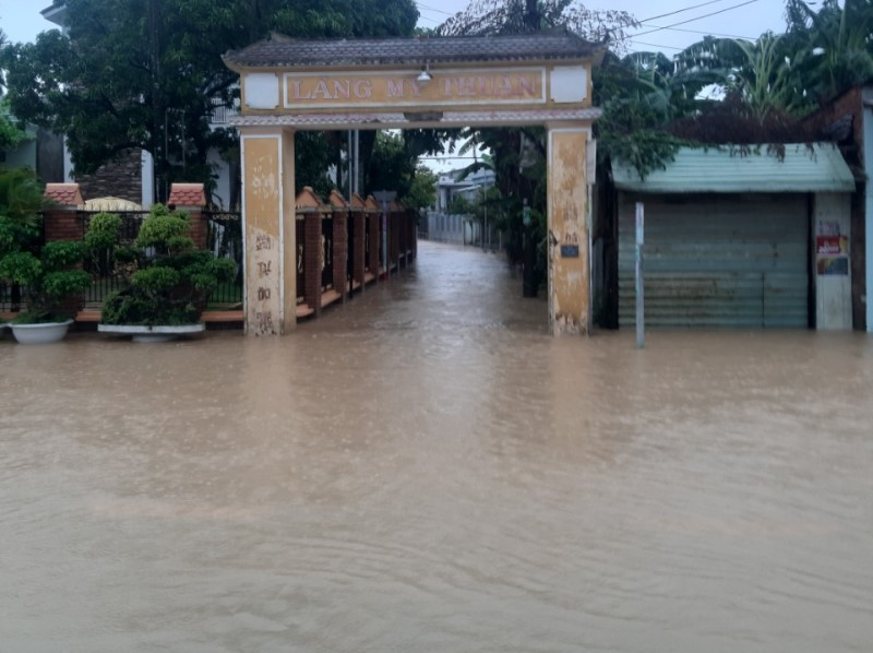 'Rốn lũ' Đại Lộc - Quảng Nam: 1.700 nhà ngập sâu, 1 người chết - ảnh 3