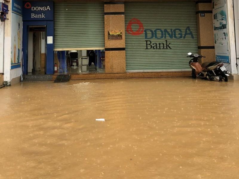 'Rốn lũ' Đại Lộc - Quảng Nam: 1.700 nhà ngập sâu, 1 người chết - ảnh 4
