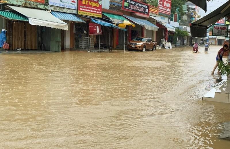 'Rốn lũ' Đại Lộc - Quảng Nam: 1.700 nhà ngập sâu, 1 người chết - ảnh 5