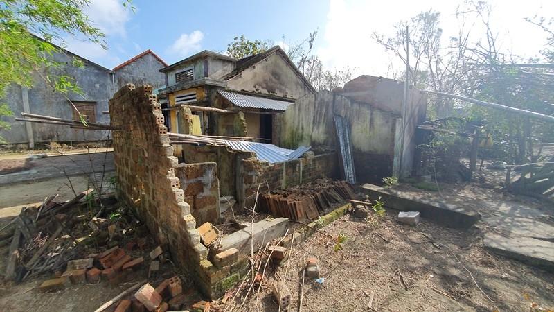 Bạn đọc báo Pháp Luật TP.HCM sẽ dựng lại những căn nhà sau bão - ảnh 6