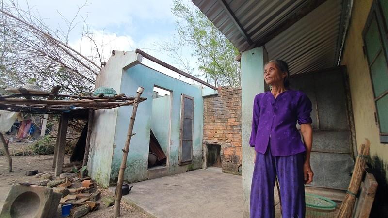 Bạn đọc báo Pháp Luật TP.HCM sẽ dựng lại những căn nhà sau bão - ảnh 7