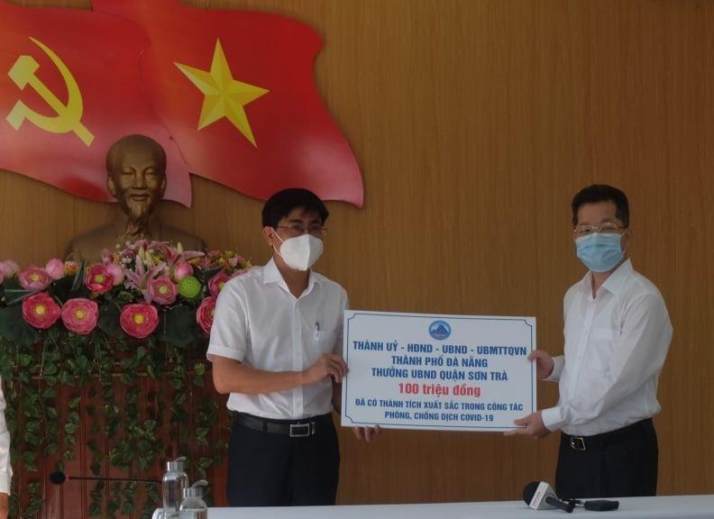 Xét nghiệm thần tốc, Đà Nẵng thưởng nóng cho Sơn Trà và CDC  - ảnh 1
