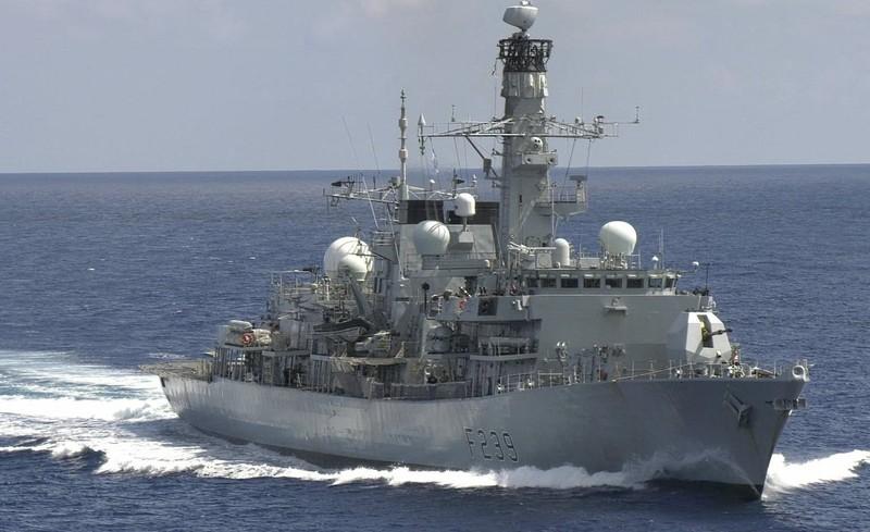 TQ chỉ trích Anh 'cơ hội' khi điều tàu chiến đi qua eo biển Đài Loan - ảnh 1