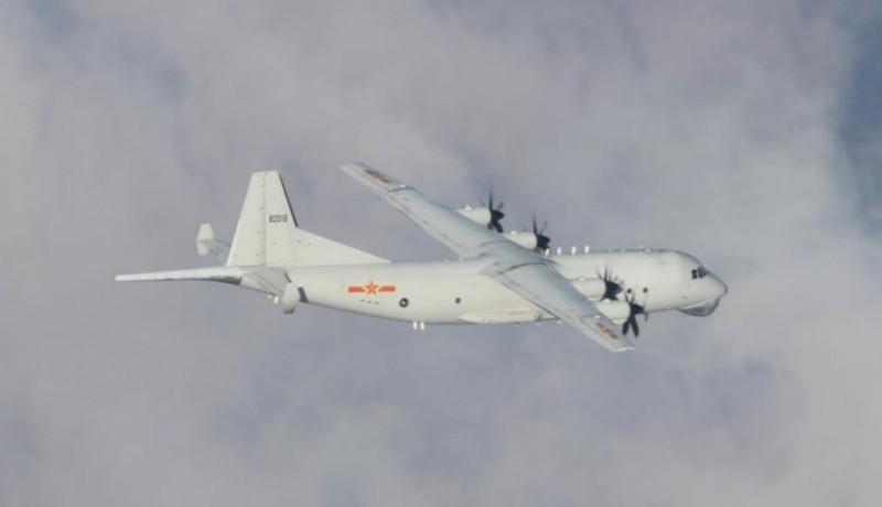 TQ điều 25 máy bay áp sát Đài Loan sau khi hòn đảo tuyên bố kiện Bắc Kinh ra WTO - ảnh 1