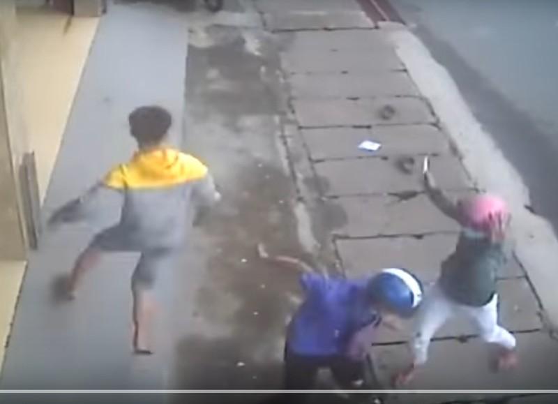 Xác định nhóm truy sát đối thủ kinh hoàng trên phố - ảnh 1