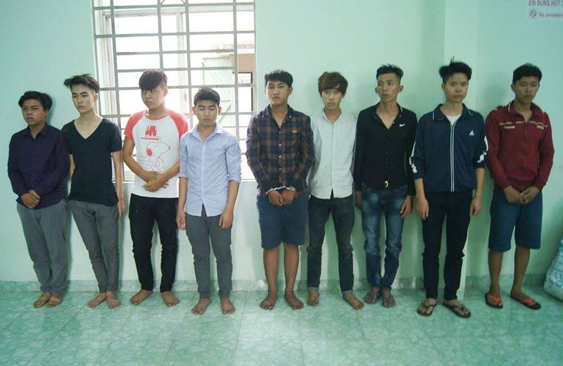 Bắt băng cướp tuổi teen 'khét tiếng' ở Bình Dương - ảnh 1