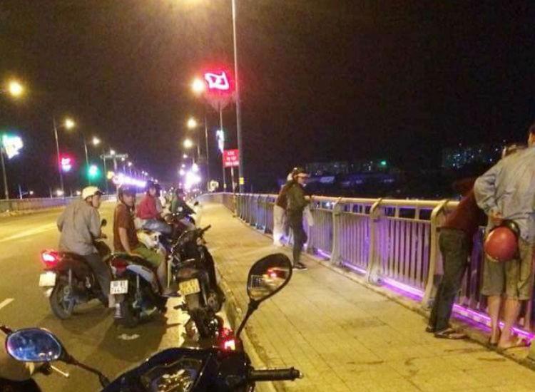 Nam thanh niên nhảy sông Đồng Nai mất tích trong đêm - ảnh 1