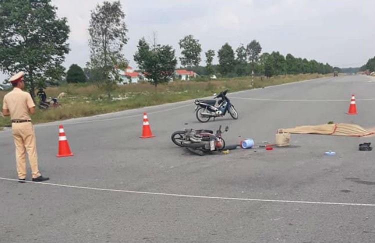 2 người phụ nữ chết thảm dưới bánh xe ủi - ảnh 1