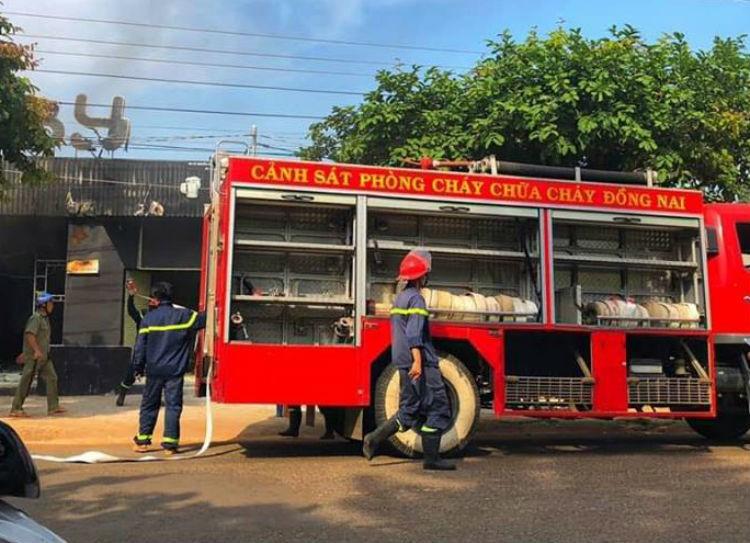Nhà hàng ở Đồng Nai cháy kinh hoàng, 6 người tử vong - ảnh 1