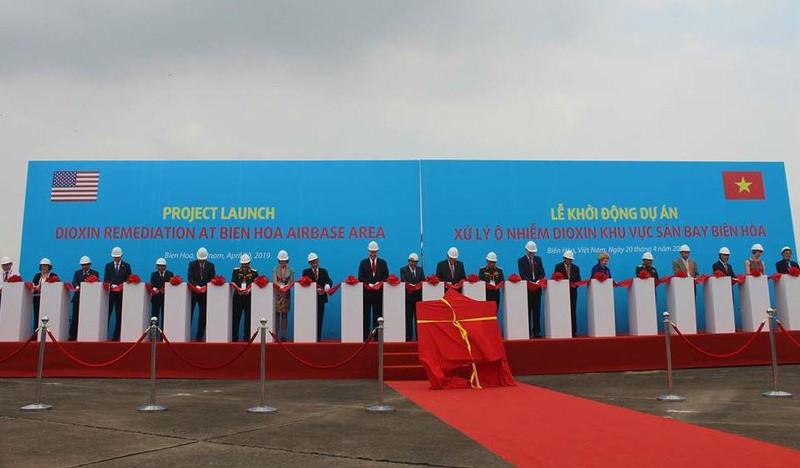 Bắt đầu xử lý điểm nóng ô nhiễm dioxin lớn nhất tại Việt Nam - ảnh 1
