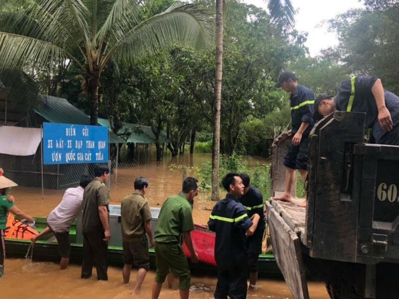 Những hình ảnh ngập lũ tại tỉnh Đồng Nai - ảnh 4