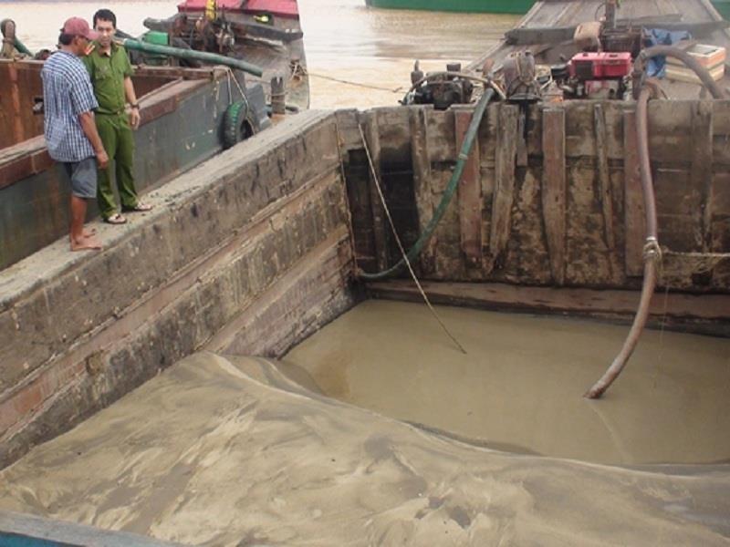 Nổ súng bắt 'cát tặc' trong đêm trên sông Đồng Nai - ảnh 1