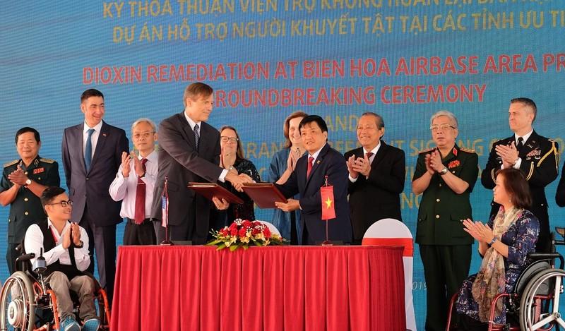 Bắt đầu xử lý sân bay ô nhiễm dioxin nặng nhất ở Việt Nam - ảnh 2