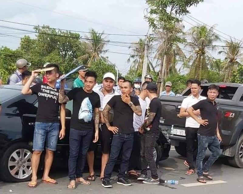 Thông tin mới vụ hàng chục giang hồ vây xe công an Đồng Nai - ảnh 1