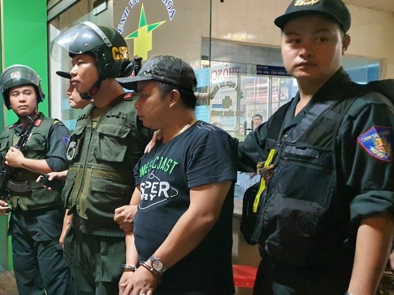 Đồng Nai: Hàng trăm cảnh sát vây bệnh viện bắt giữ 14 người  - ảnh 1