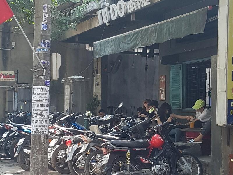 Đồng Nai: Quán cà phê vẫn đông người dù có lệnh tạm dừng - ảnh 3