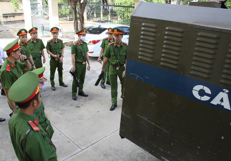 Vẻ mặt lạnh lùng của Giang '36' trong ngày bị xét xử - ảnh 2