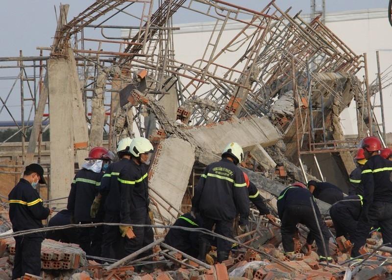 Khởi tố vụ sập tường 10 người chết ở Đồng Nai - ảnh 1