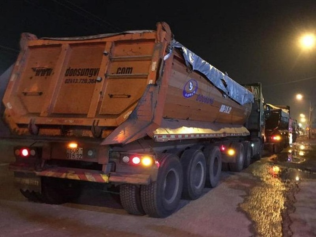 Công an kiến nghị tịch thu 727 tấn than do đoàn xe 'hổ vồ' chở - ảnh 1