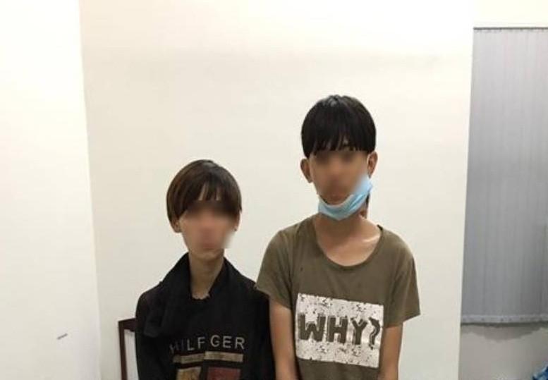 2 thiếu niên dùng roi điện đi cướp tài sản - ảnh 1