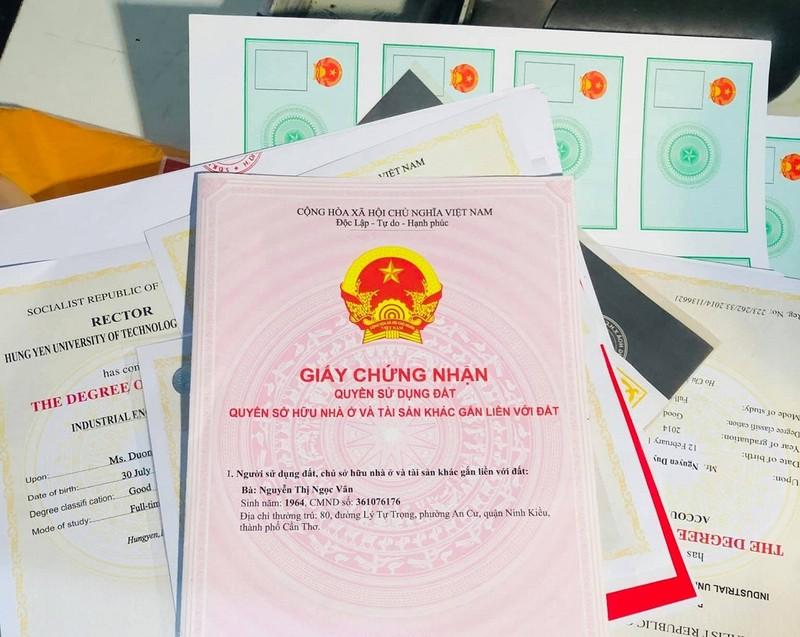 Quy mô đường dây làm giấy giả ở Đồng Nai là 'chưa từng có' - ảnh 2