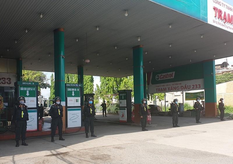 1 chủ cây xăng ở huyện Trảng Bom bị bắt liên quan vụ xăng giả - ảnh 1