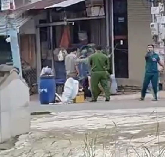 Làm rõ clip dân quân, dân phòng đánh đập người dân ở Đồng Nai - ảnh 2