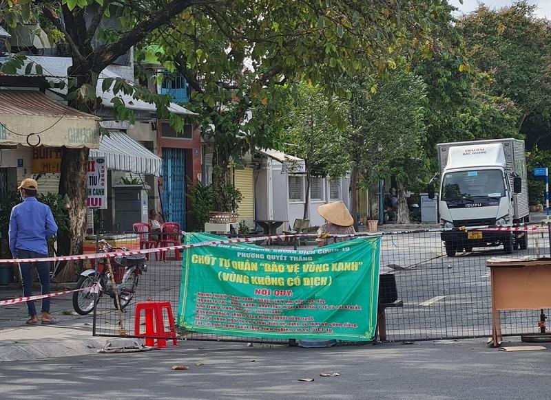 Đồng Nai cho mở lại nhiều hoạt động dịch vụ, người dân đi đường không cần giấy - ảnh 1