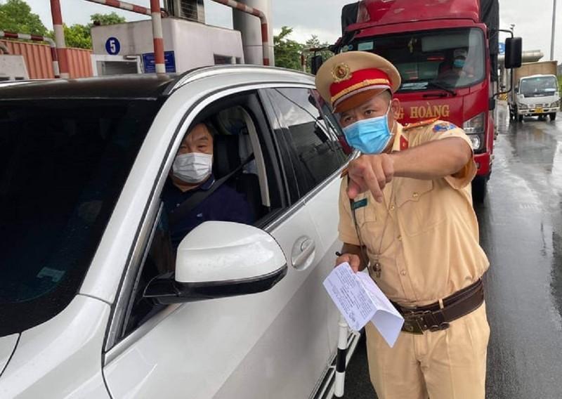 Đồng Nai cho phép người lao động từ TP.HCM đến tỉnh bằng ô tô cá nhân  - ảnh 1