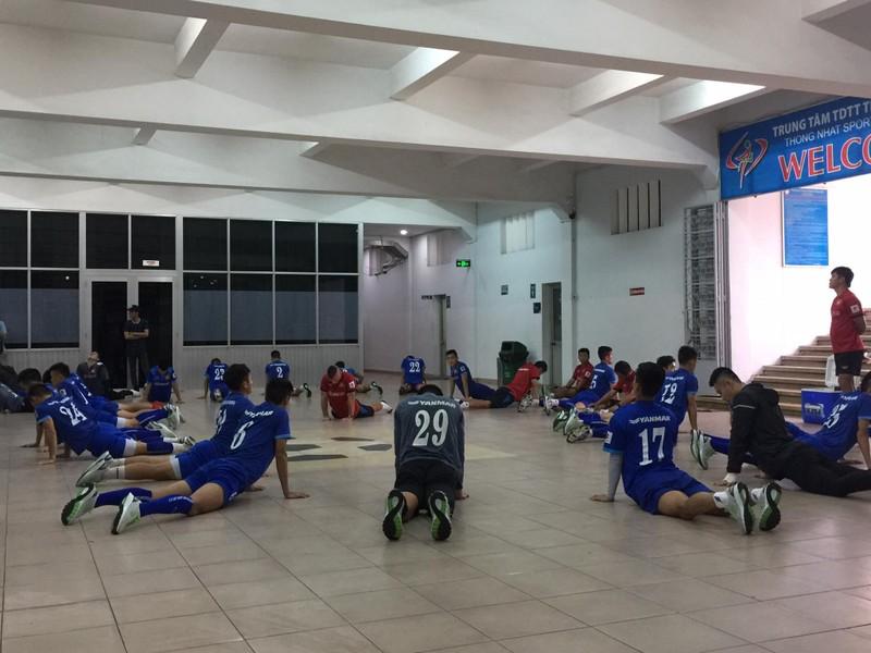 Chuỗi ngày mưa không chiều lòng đội tuyển Việt Nam - ảnh 2