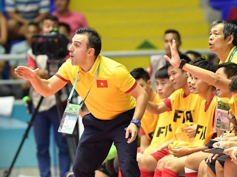 Bruno Garcia chia tay Futsal Việt Nam để đến Nhật - ảnh 1