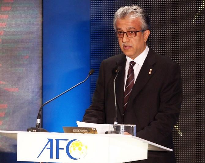 Chủ tịch AFC người Bahrain chúc mừng U-19 Việt Nam - ảnh 2