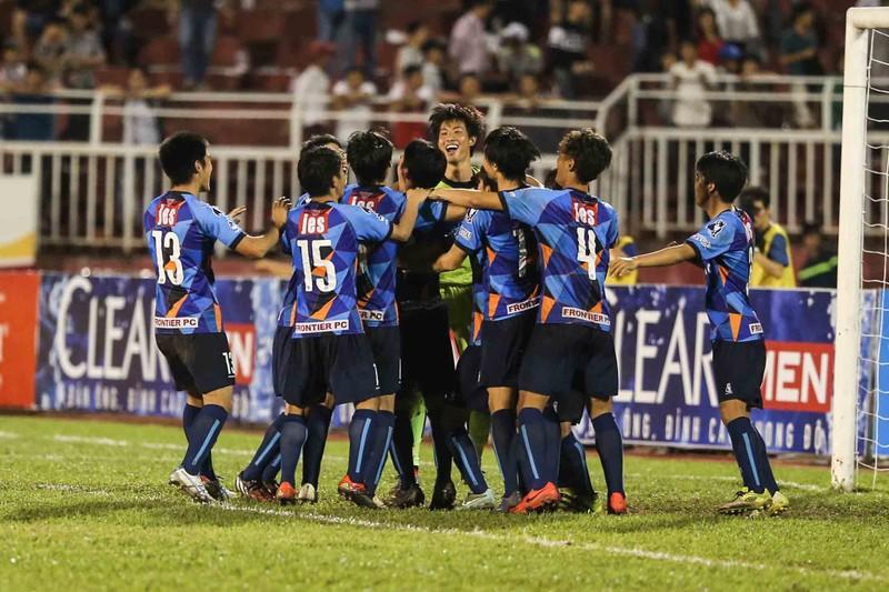 U-21 HA Gia Lai thành cựu vô địch sau loạt 'đấu súng' - ảnh 6