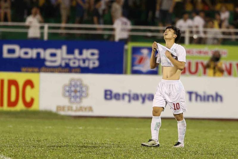 U-21 HA Gia Lai thành cựu vô địch sau loạt 'đấu súng' - ảnh 2