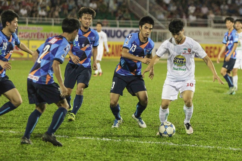 U-21 HA Gia Lai thành cựu vô địch sau loạt 'đấu súng' - ảnh 3