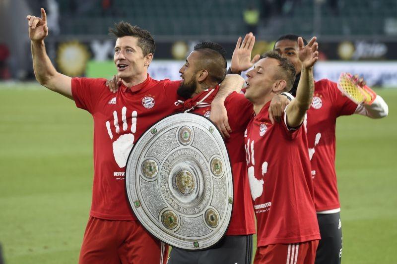 Đêm qua, Bayern vô địch lần thứ năm liên tiếp - ảnh 2