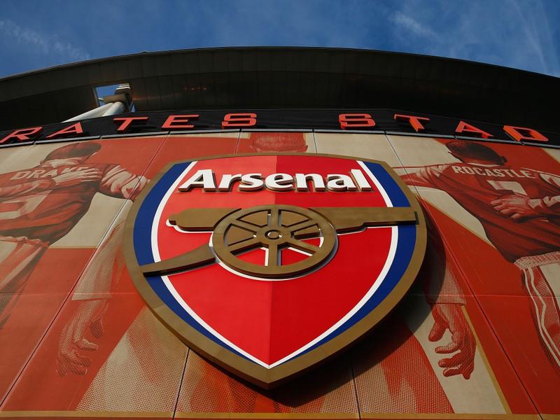 Tỉ phú Nga ra giá mua Arsenal 1,3 tỉ USD - ảnh 1