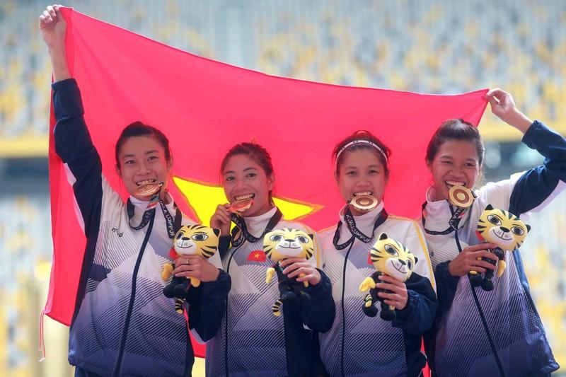 Mất HCV 4x100 m nữ vào tay VN, đội nam Thái 'máu' hơn - ảnh 3