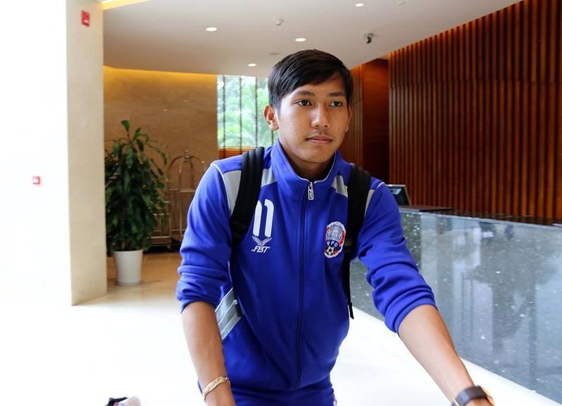 """Tuyển Campuchia đã đến Hà Nội, """"ủ mưu"""" thắng tuyển VN - ảnh 3"""