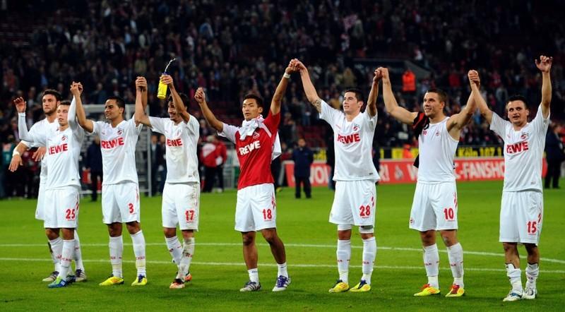 Podolski thích… Nhật thắng Trung Quốc - ảnh 2