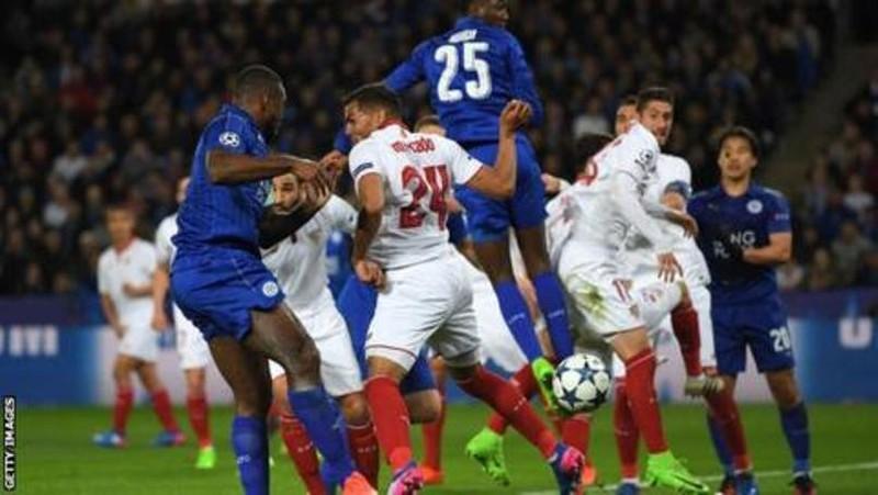 Trụ cột Leicester City 'hỏi tội' tỉ phú Vichai - ảnh 1