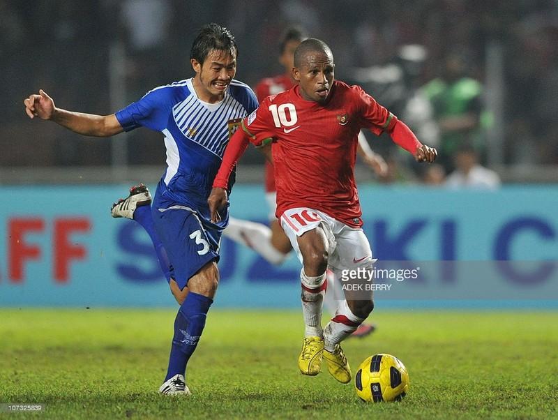 Ngoi lên không nổi, Indonesia tìm gen trội bóng đá  - ảnh 2