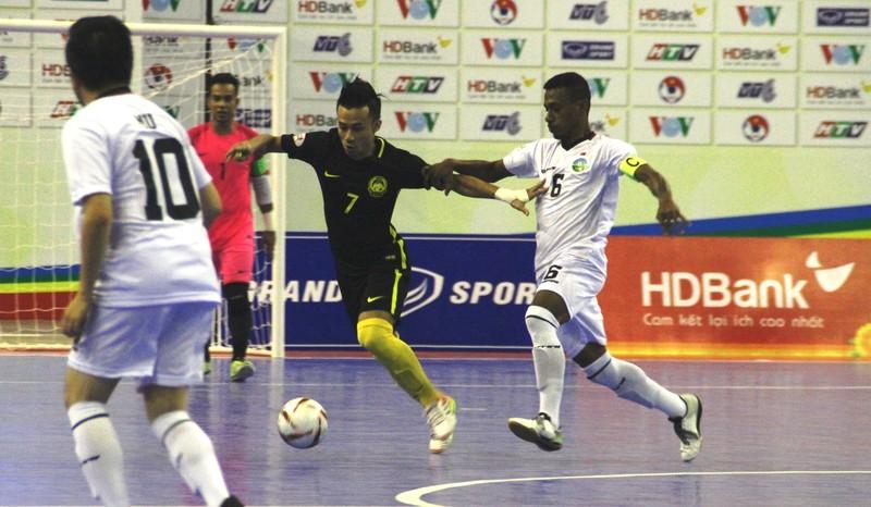 'Mưa gôn' ở giải Futsal Đông Nam Á - ảnh 1