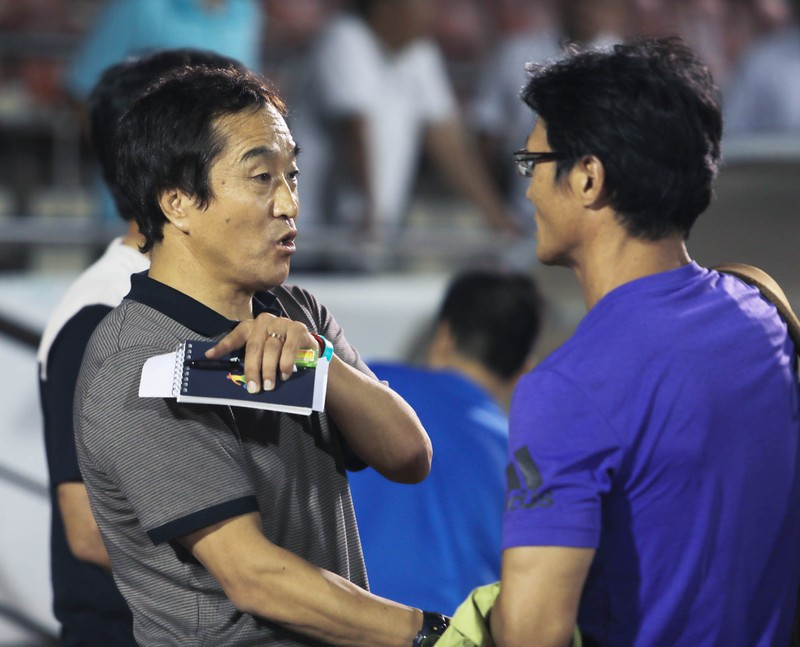 Ông Park gửi trợ lý đến xem derby TP.HCM - ảnh 5